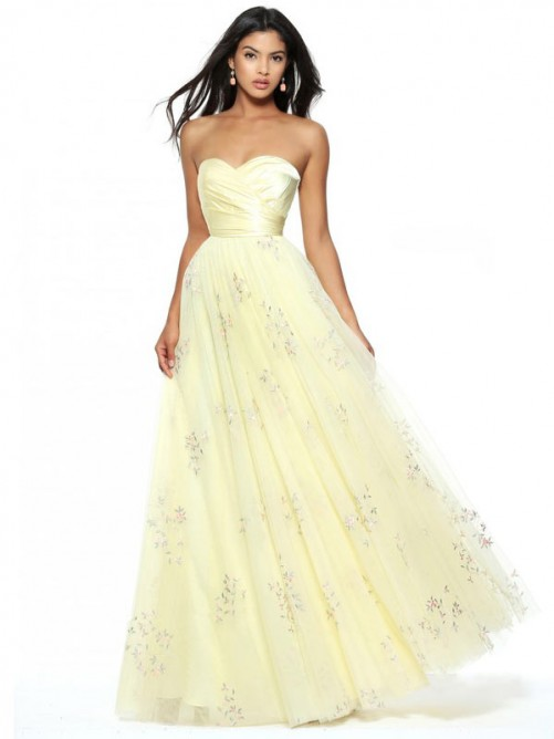 A-Line/Princess Sleeveless Sweetheart Floor-Length Ruched Tulle Dresses