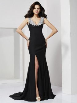 A-Line/Princess Straps Sleeveless Floor-Length Chiffon Beading Dresses