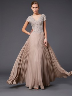 A-Line/Princess V-neck Short Sleeves Beading Floor-Length Chiffon Dresses