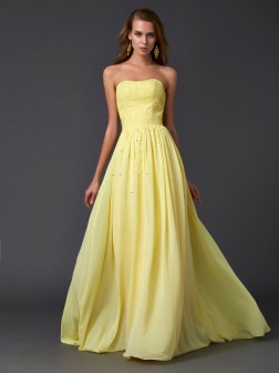A-Line/Princess Strapless Sleeveless Pleats Sweep/Brush Train Chiffon Dresses