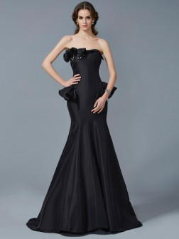 Trumpet/Mermaid Strapless Sleeveless Ruffles Sweep/Brush Train Taffeta Dresses