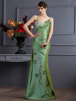 Trumpet/Mermaid Spaghetti Straps Sleeveless Beading Floor-Length Taffeta Dresses