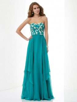 A-Line/Princess Sweetheart Sleeveless Applique Floor-Length Chiffon Dresses