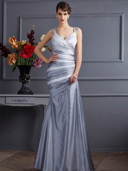 Trumpet/Mermaid Straps Sleeveless Pleats Floor-Length Satin Dresses