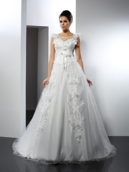 A-Line/Princess Straps Lace Sleeveless Cathedral Train Satin Wedding Dresses