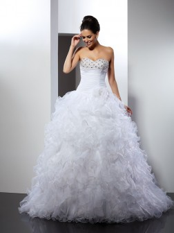Ball Gown Sweetheart Beading Sleeveless Cathedral Train Organza Wedding Dresses