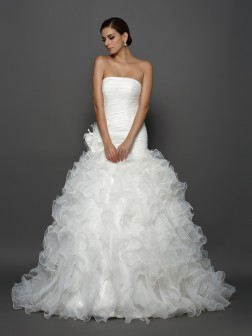 Ball Gown Strapless Hand-Made Flower Sleeveless Cathedral Train Organza Wedding Dresses