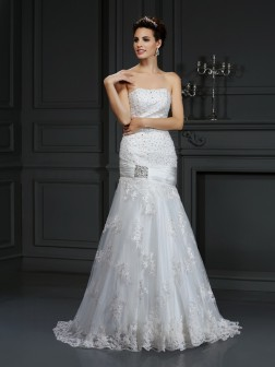 Sheath/Column Strapless Applique Sleeveless Court Train Satin Wedding Dresses