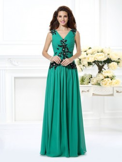 A-Line/Princess V-neck Beading Applique Sleeveless Floor-Length Chiffon Dresses