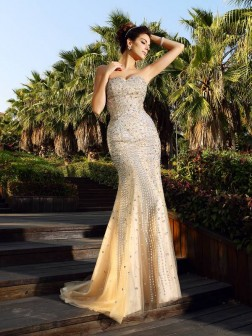 Trumpet/Mermaid Sweetheart Beading Sleeveless Court Train Satin Dresses