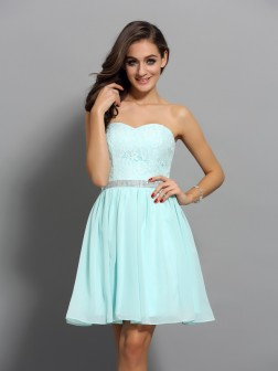 A-Line/Princess Sweetheart Beading Sleeveless Short/Mini Chiffon Cocktail Dresses