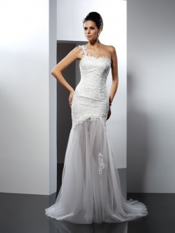 Trumpet/Mermaid One-Shoulder Lace Sleeveless Chapel Train Lace Wedding Dresses