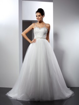 A-Line/Princess Spaghetti Straps Beading Sleeveless Chapel Train Tulle Wedding Dresses