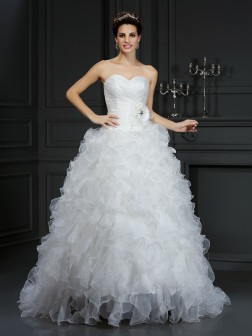 Ball Gown Sweetheart Hand-Made Flower Sleeveless Court Train Organza Wedding Dresses