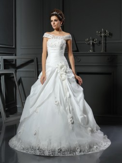 Ball Gown Off-the-Shoulder Hand-Made Flower Sleeveless Chapel Train Satin Wedding Dresses