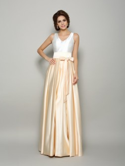 A-Line/Princess V-neck Bowknot Sleeveless Floor-Length Satin Mother of the Bride Dresses