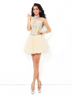 A-Line/Princess Halter Beading Sleeveless Short/Mini Satin Cocktail Dresses