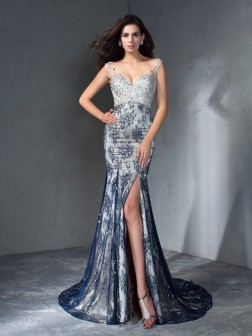 Trumpet/Mermaid V-neck Beading Sleeveless Sweep/Brush Train Lace Dresses