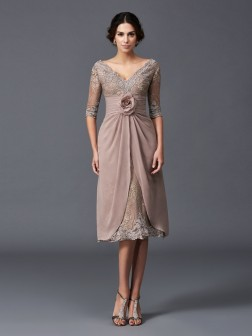 A-Line/Princess V-neck Hand-Made Flower 1/2 Sleeves Tea-Length Lace Mother of the Bride Dresses