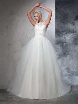 Ball Gown Bateau Applique Sleeveless Chapel Train Net Wedding Dresses