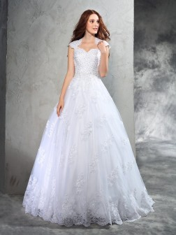 Ball Gown Sweetheart Lace Sleeveless Court Train Organza Wedding Dresses
