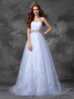 A-line/Princess Sweetheart Beading Sleeveless Sweep/Brush Train Satin Wedding Dresses