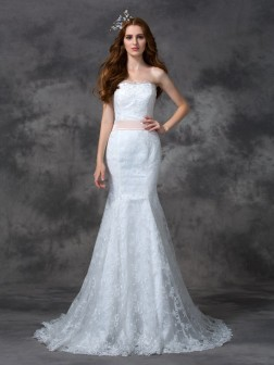 Trumpet/Mermaid Strapless Sash/Ribbon/Belt Sleeveless Court Train Lace Wedding Dresses