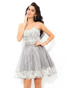 A-Line/Princess Sweetheart Lace Sleeveless Short/Mini Tulle Cocktail Dresses