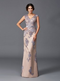 Sheath/Column Straps Applique Sleeveless Floor-Length Satin Dresses