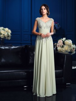 A-Line/Princess V-neck Applique Sleeveless Floor-Length Chiffon Mother of the Bride Dresses