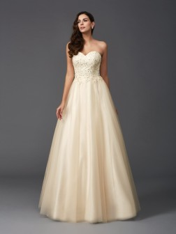 A-Line/Princess Sweetheart Beading Sleeveless Floor-Length Net Dresses