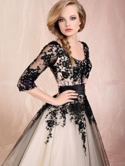 Tulle 1/2 Sleeves Applique Tea-length Scoop A-line/Princess Dress