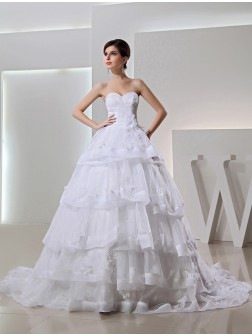 Beading Ball Gown Chapel Train Organza Sweetheart Applique Wedding Dresses