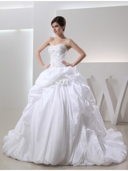 Ball Gown Beading Sleeveless Chapel Train Taffeta Wedding Dresses