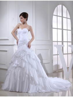Trumpet/Mermaid Beading Applique Sweetheart Sleeveless Chapel Train Taffeta Wedding Dresses