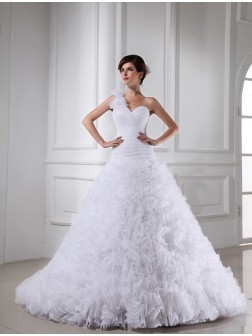 Ball Gown Beading One-shoulder Sweetheart Sleeveless Chapel Train Organza Wedding Dresses