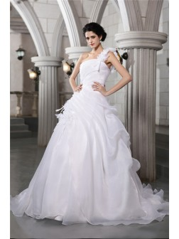 Ball Gown One-Shoulder Sleeveless Pleats Chapel Train Organza Wedding Dresses