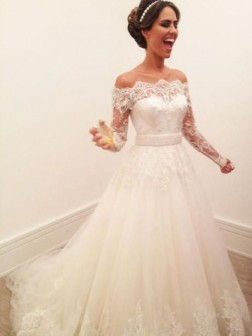 A-Line/Princess Off-the-Shoulder Long Sleeves Sweep/Brush Train Lace Tulle Wedding Dresses