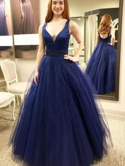 Ball Gown Sleeveless V-neck Floor-Length Beading Tulle Dresses