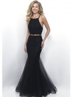 Trumpet/Mermaid Halter Sleeveless Floor-Length Lace Dresses