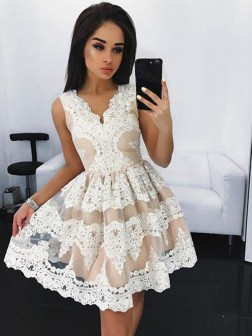 A-Line/Princess V-neck Sleeveless Lace Short/Mini Tulle Dresses