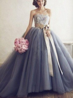 Ball Gown Sweetheart Sleeveless Applique Tulle Sweep Train Dresses