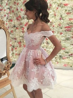 A-Line/Princess Off-the-Shoulder Sleeveless Applique Short/Mini Tulle Dresses