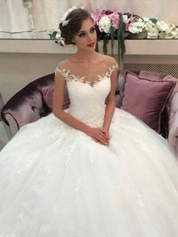 a2aafa2f79081 Ball Gown Off-the-Shoulder Court Train Tulle Sleeveless Wedding Dresses
