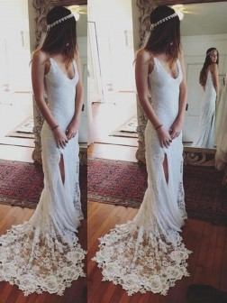 Sheath/Column Straps Sleeveless Lace Court Train Wedding Dresses