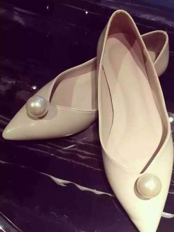 Women's Patent Leather Closed Toe Flat Heel Flat Shoes