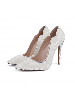 Women's Closed Toe Patent Leather Stiletto Heel With Pearl Wedding Shoes