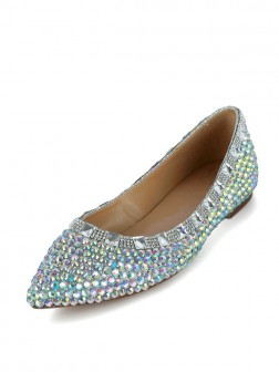 Women's Flat Heel Patent Leather Closed Toe With Rhinestone Shoes