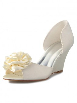 Women's Wedge Heel Satin Peep Toe With Flower Wedding Shoes