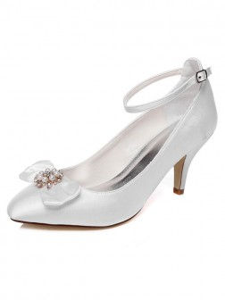 Women's Spool Heel Closed Toe Satin With Pearl Wedding Shoes